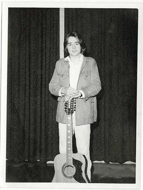 Dave Keir with Eko Ranger 12, London, c. 1971